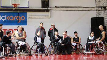 Engelliler Gününde Ampute Takımına Ziyaret