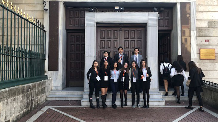MUN (Model United Nations / Model Birleşmiş Milletler) Konferansı